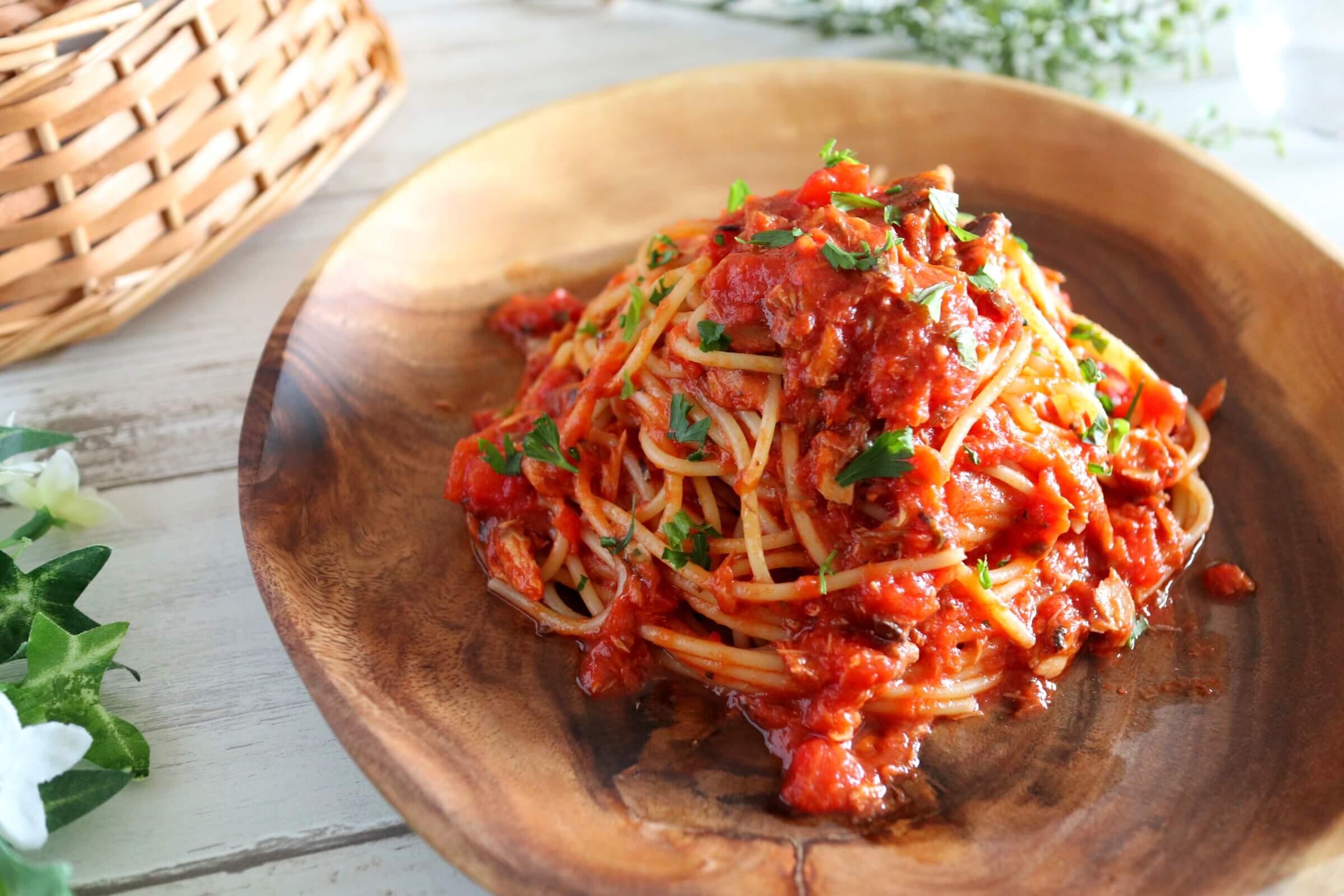 【簡単美味しい!】鯖缶トマトパスタ(味噌ver)のレシピ