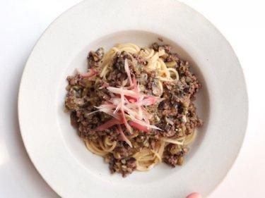【超簡単!】なすとひき肉の和風パスタのレシピ