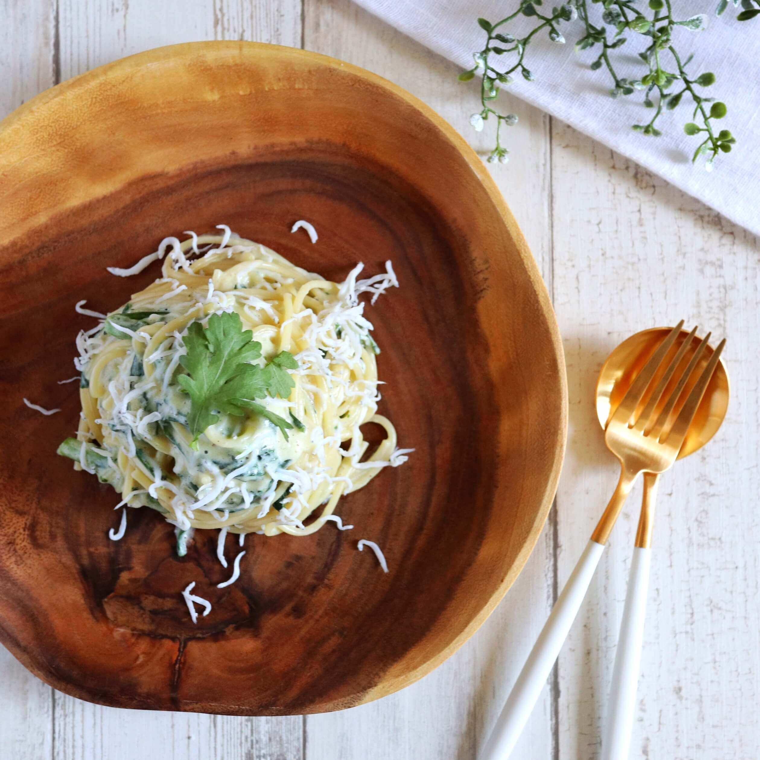 【大絶賛】しらすと春菊のクリームパスタのレシピ