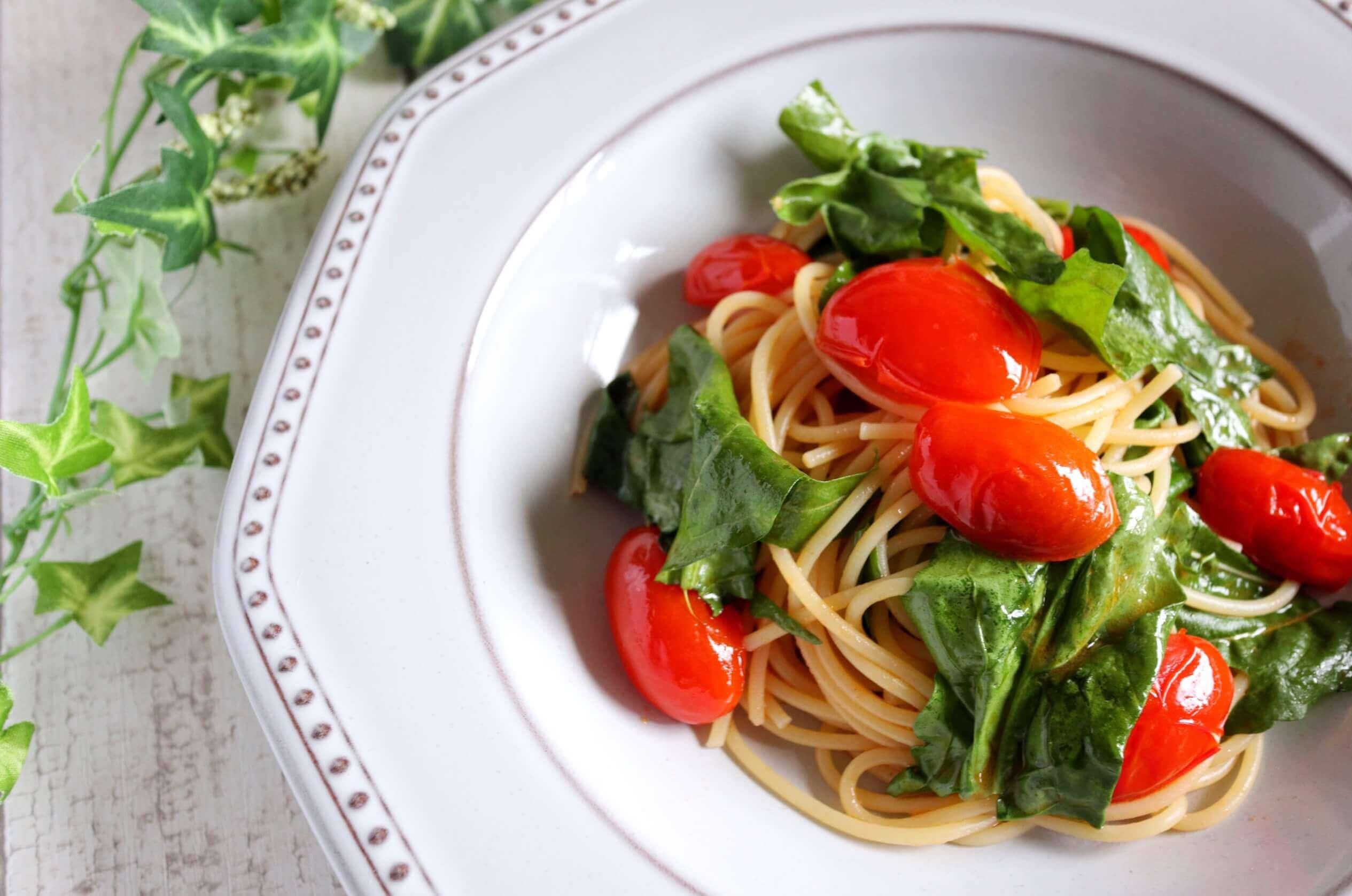 【超簡単!】ミニトマトとルッコラのパスタのレシピ
