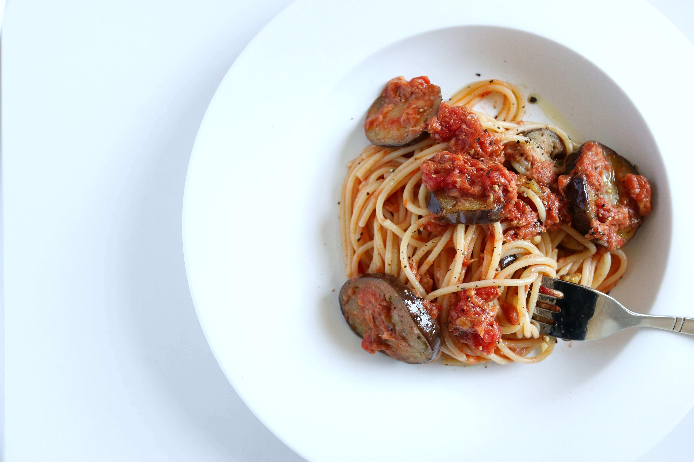 【超簡単】鰹と茄子のトマトパスタのレシピ
