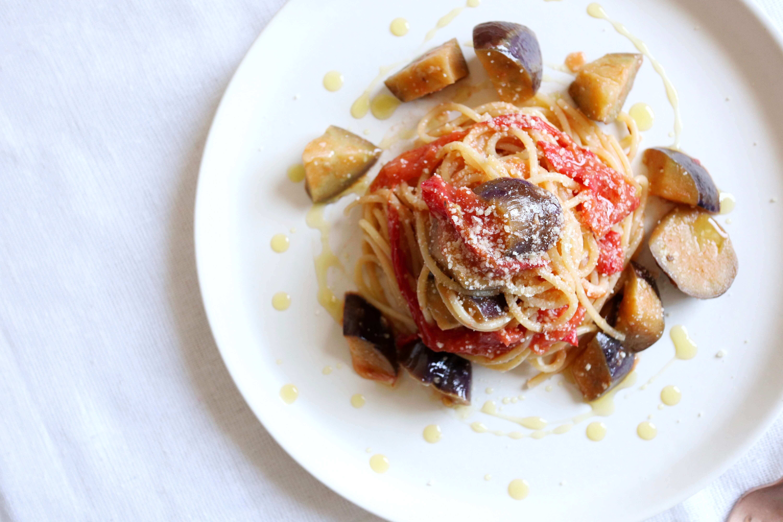 【絶品!】なすとトマトのアンチョビパスタのレシピ
