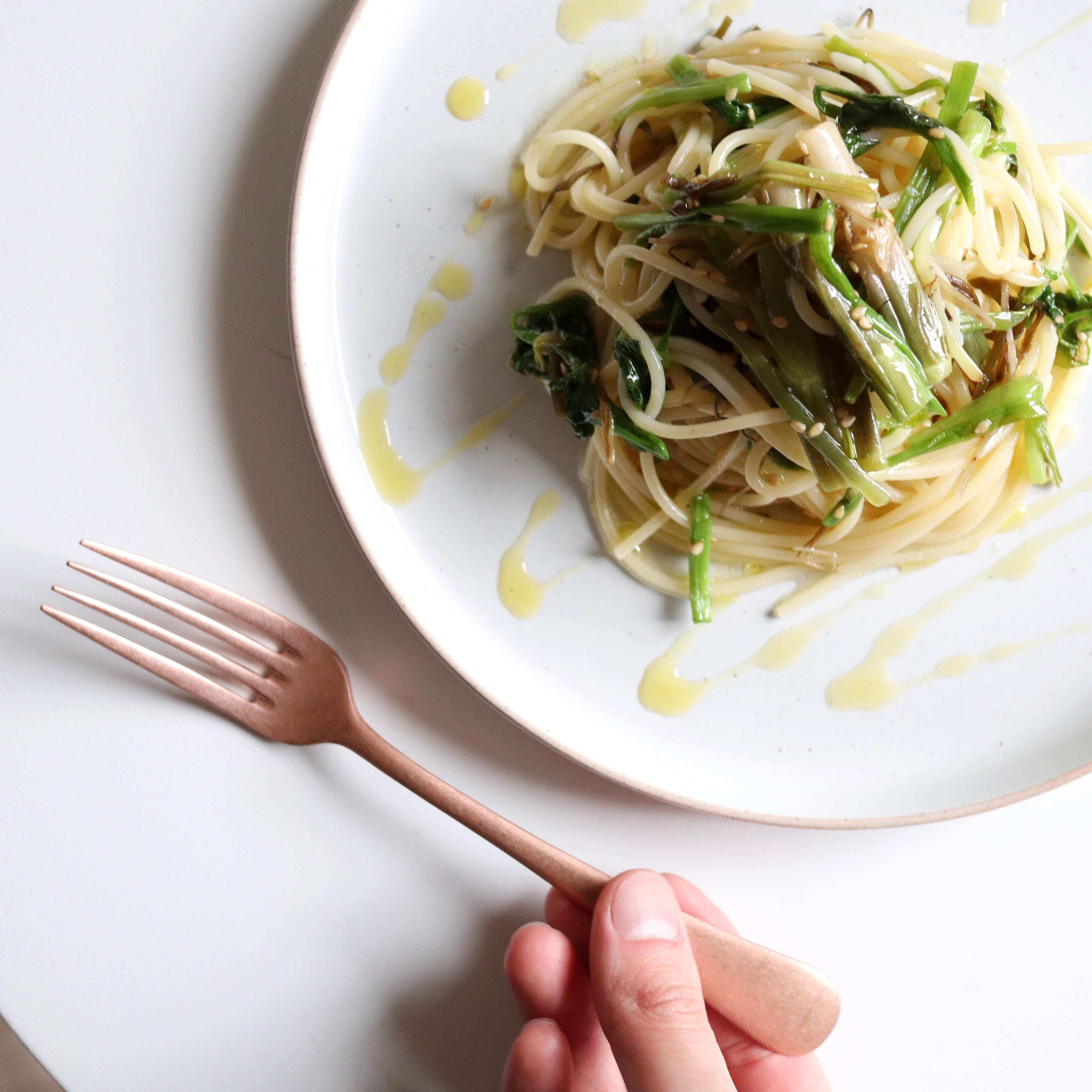 【季節の味!】せりの山葵風味パスタのレシピ