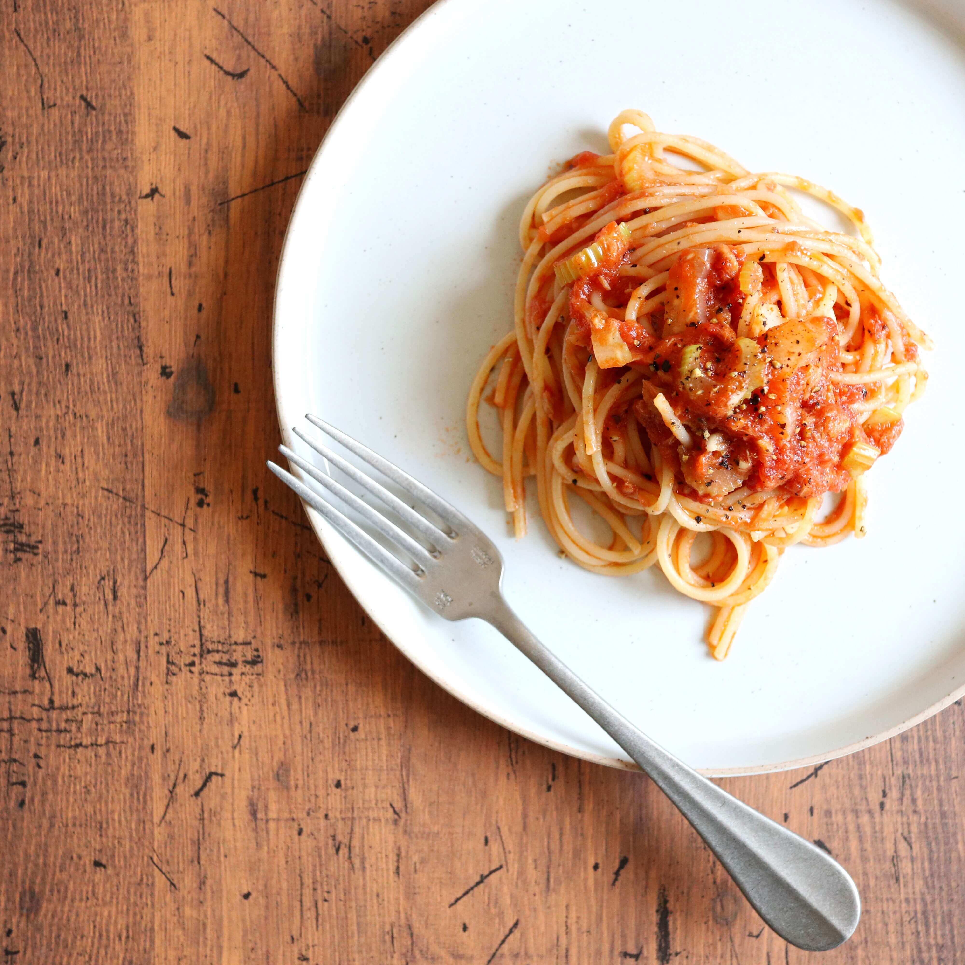 【絶品!】ツナとセロリのトマトパスタのレシピ