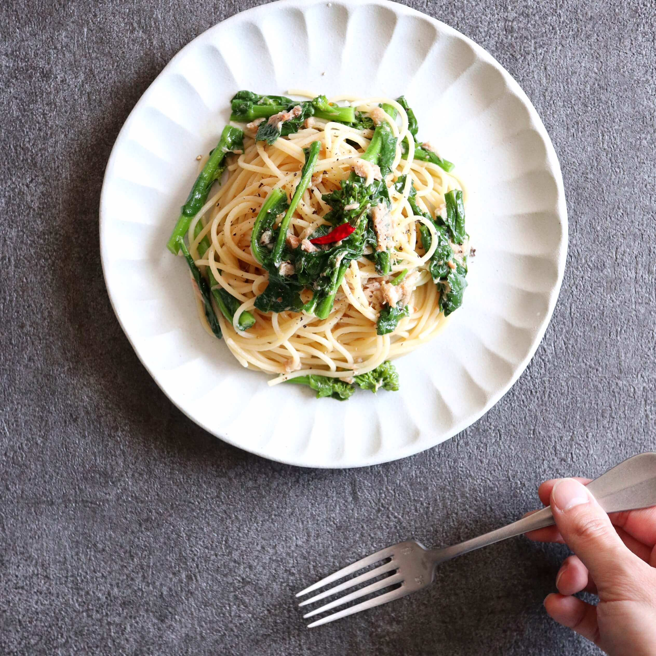 【超簡単!】菜の花とツナのアンチョビパスタのレシピ