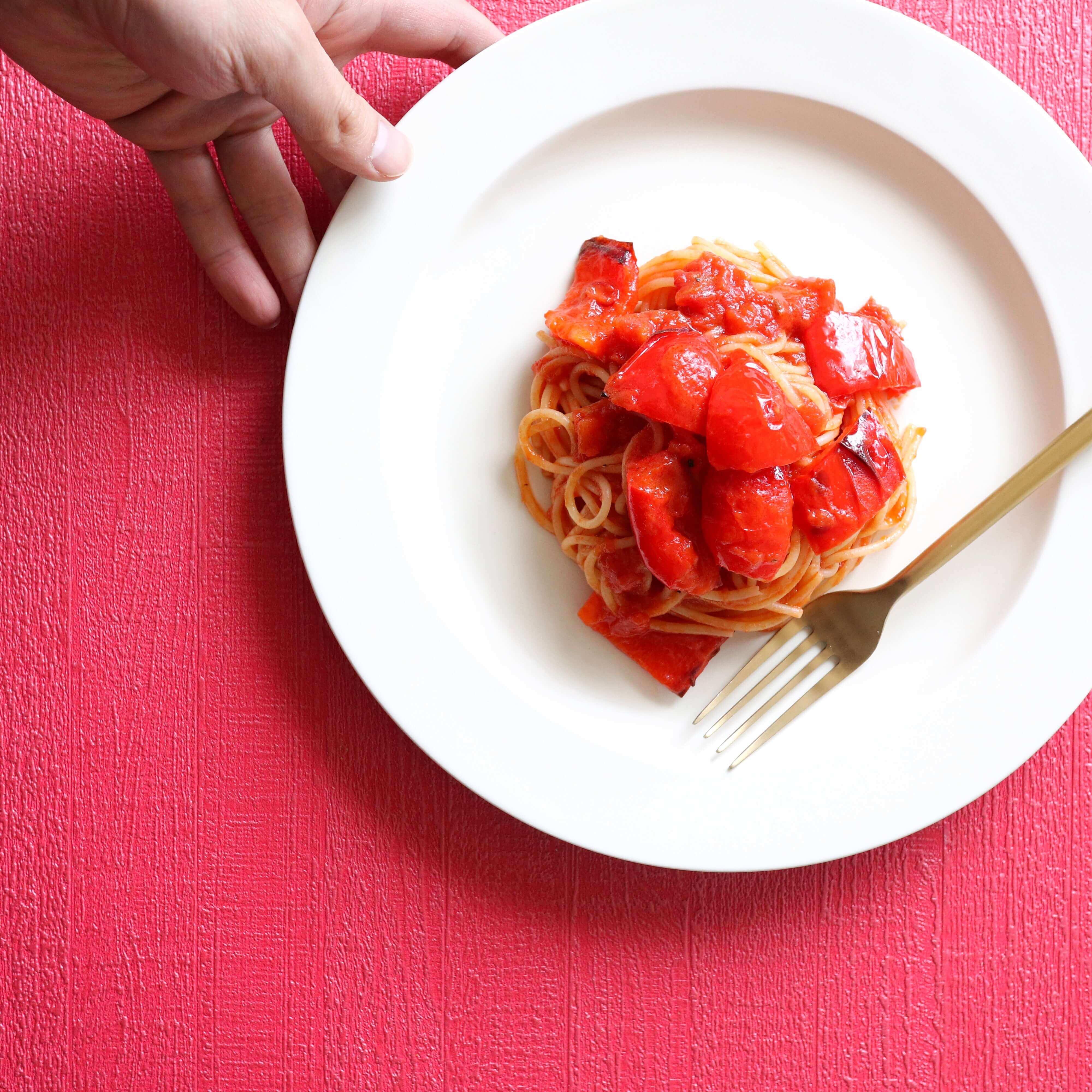 焼きパプリカのトマトパスタ