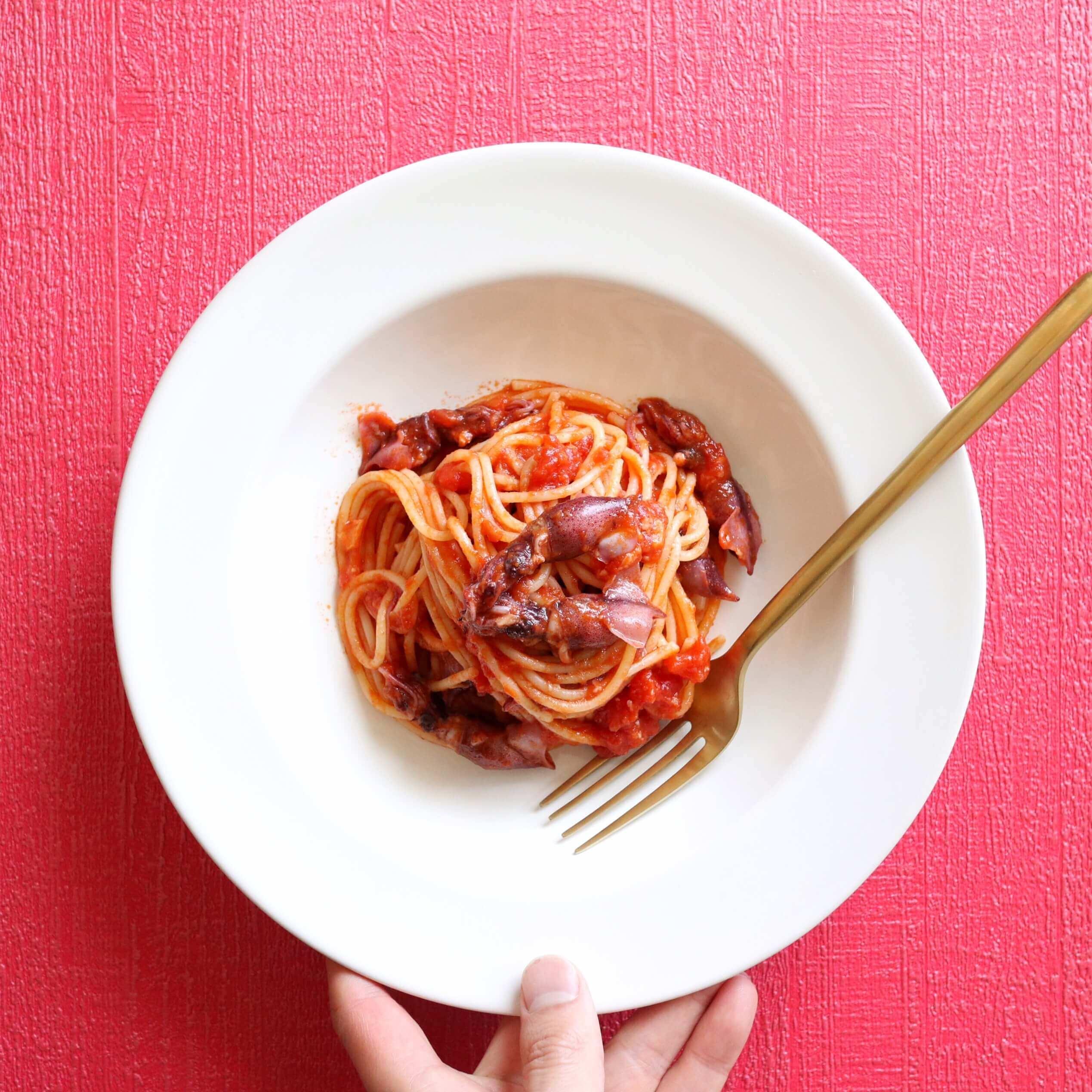 【旨み◎】ホタルイカのトマトパスタのレシピ