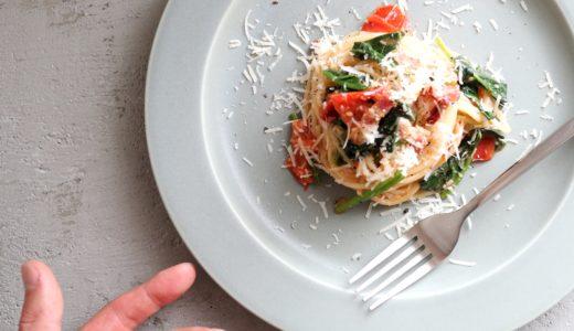 【超簡単!】ほうれん草とトマトのオイルパスタのレシピ