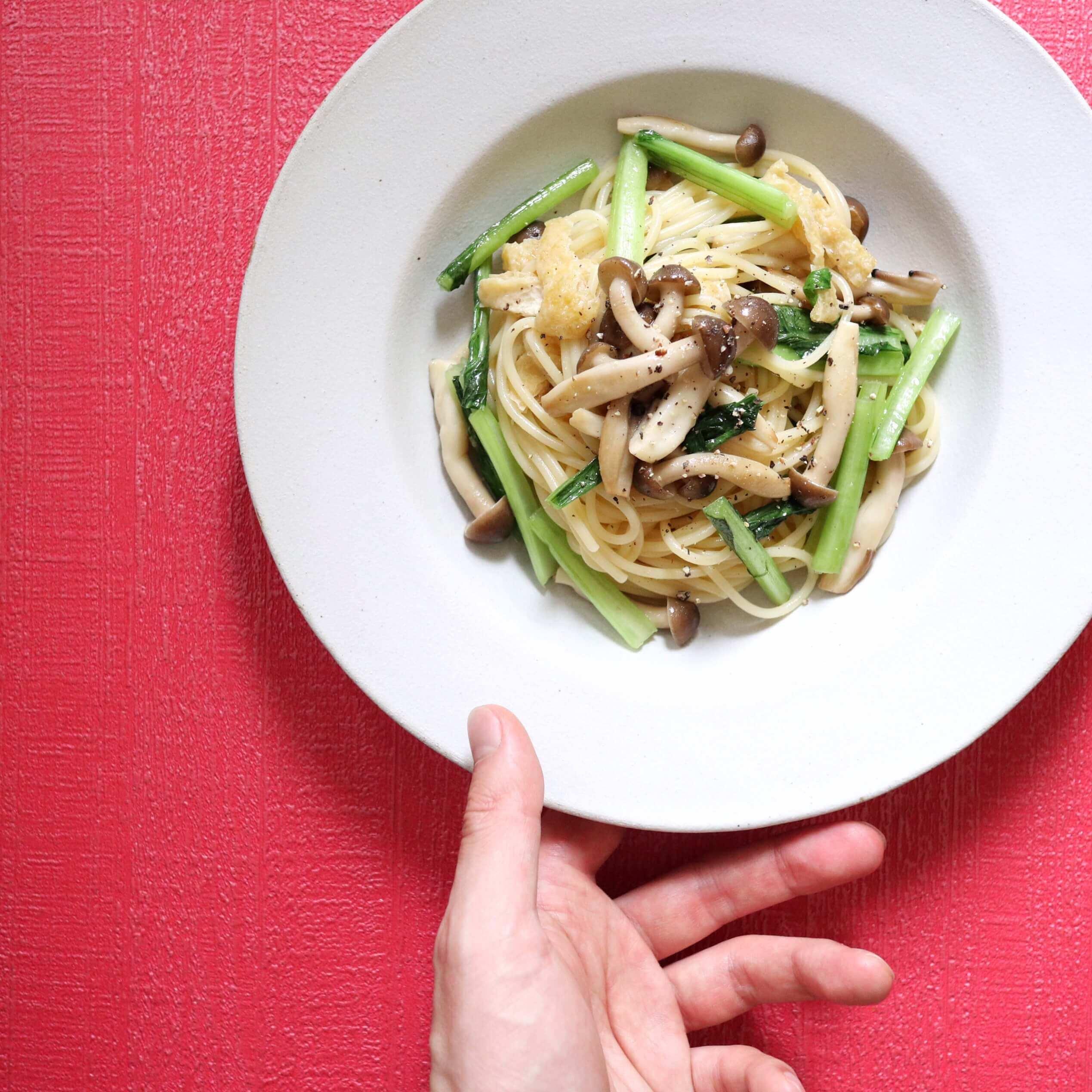 【超簡単!】小松菜と油揚げの和風パスタのレシピ