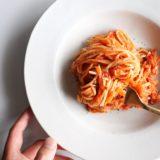 キャベツとツナのトマトパスタ