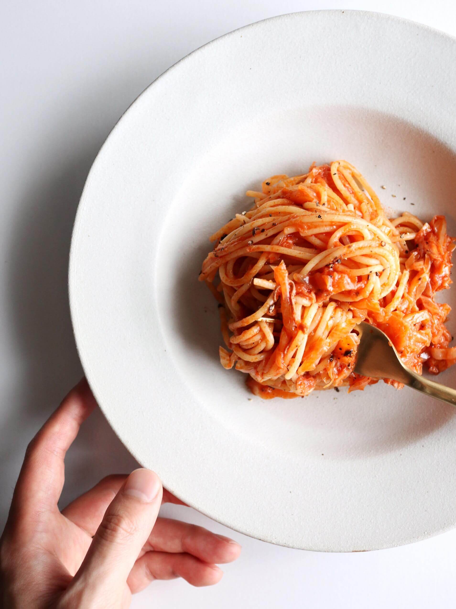 【超簡単】キャベツとツナのトマトパスタのレシピ
