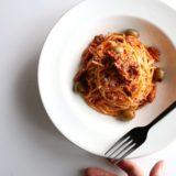 鯖缶とオリーブのトマトパスタ