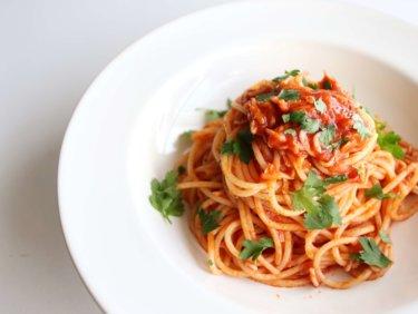 【おうちで簡単!】しらすのトマトソースパスタのレシピ