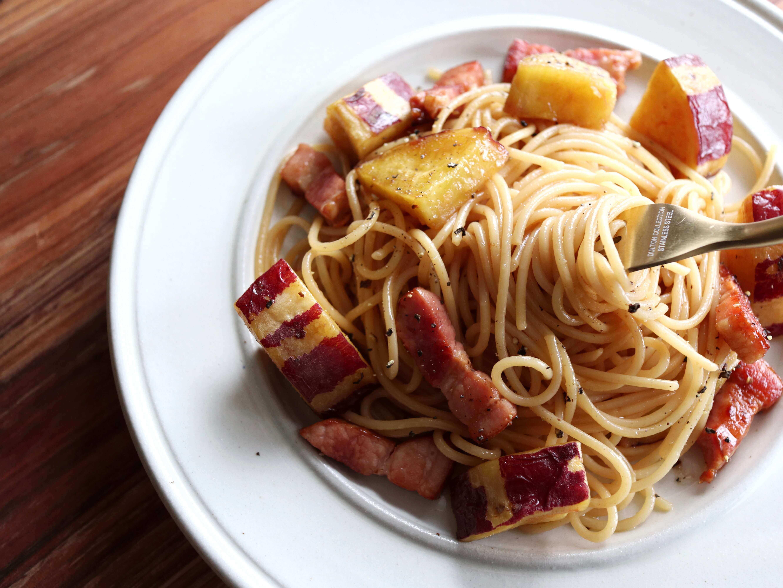【秋を味わう!】さつまいもとベーコンのバター醤油パスタのレシピ