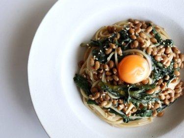 【混ぜて簡単】春菊と納豆のパスタのレシピ