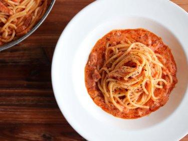 【誰でも簡単!】トマトクリームチーズパスタのレシピ