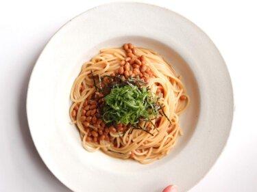 【混ぜて簡単!】納豆と大葉のバター醤油パスタのレシピ