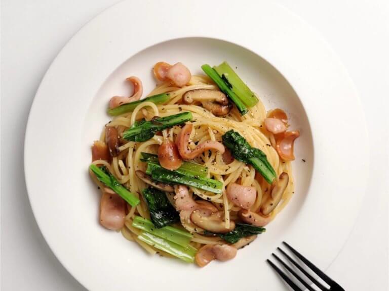 小松菜とソーセージの和風パスタ