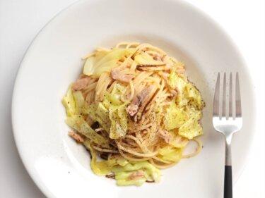 【レンジで2分】キャベツとツナのレンチンパスタのレシピ